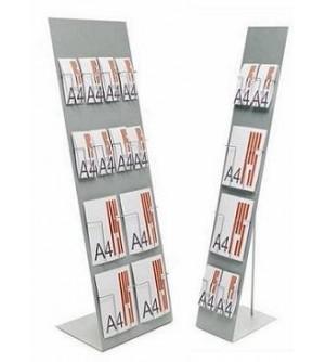 Expositor metálico para catálogos con cajetines.